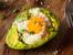 Палео авокадо с яйца на фурна
