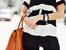 Как да носите чанта така, че да не изкривявате гръбнака си?