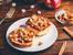 Печен френски тост с карамел и ябълки