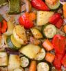 Тиквички с картофи и чушка на фурна