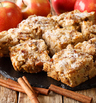 Ябълков кекс с канела и орехи