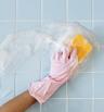 Как да почистите фугите между плочките в банята