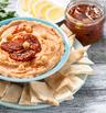 Хумус със сушени домати