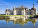Шамбор - един от най-красивите френски дворци