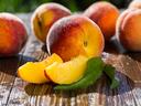 10 храни, улесняващи добиването на тен