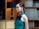 Кадифе и ефирни материи в колекцията на Chanel
