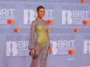 Тоалетите на наградите BRIT