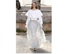 Обемни поли и тюл от Chanel за пролет/лято 2020